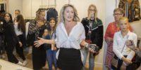 Nikkie Plessen opent winkel Den Haag